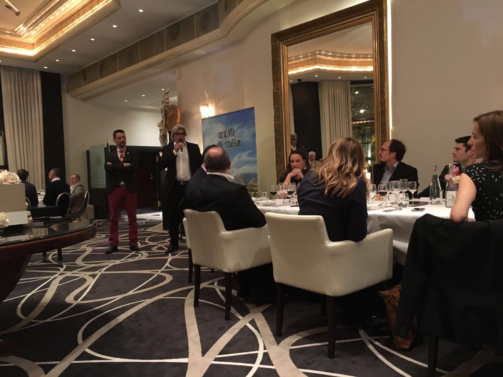 Vinyes Domènech con el Wine&Business Club de París